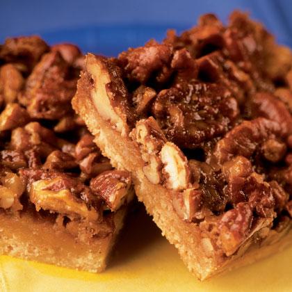 maple-pecan-bars-recipe-photo-420-FF0304BAKEA06
